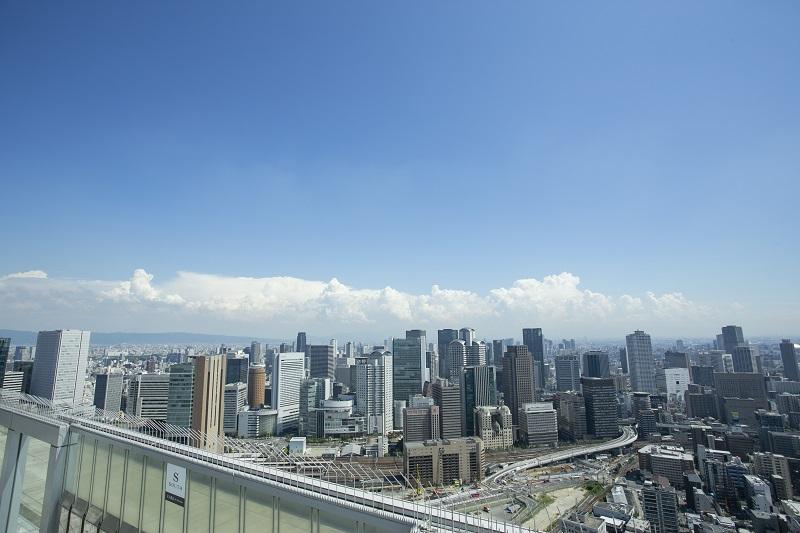 梅田スカイビル 空中庭園からの景色