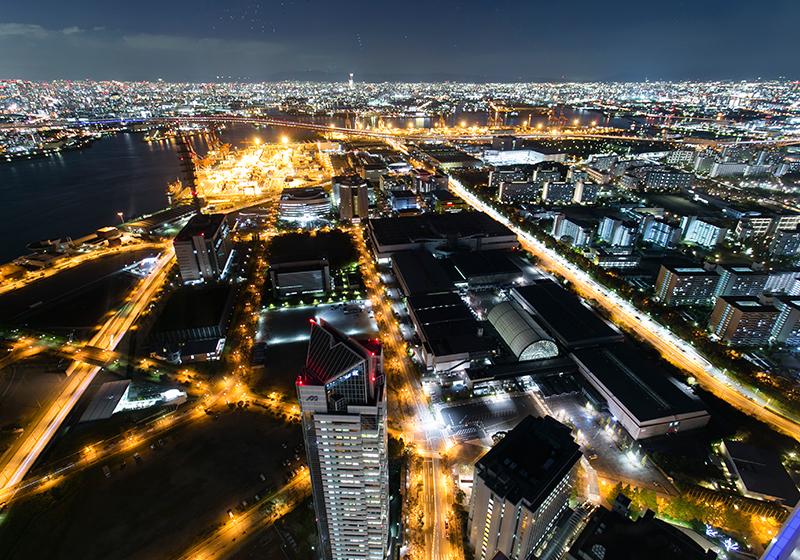 南港にあるさきしまコスモタワー展望台からの夜景