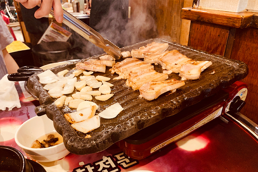 大阪難波のサムギョプサル店55マッチャン家