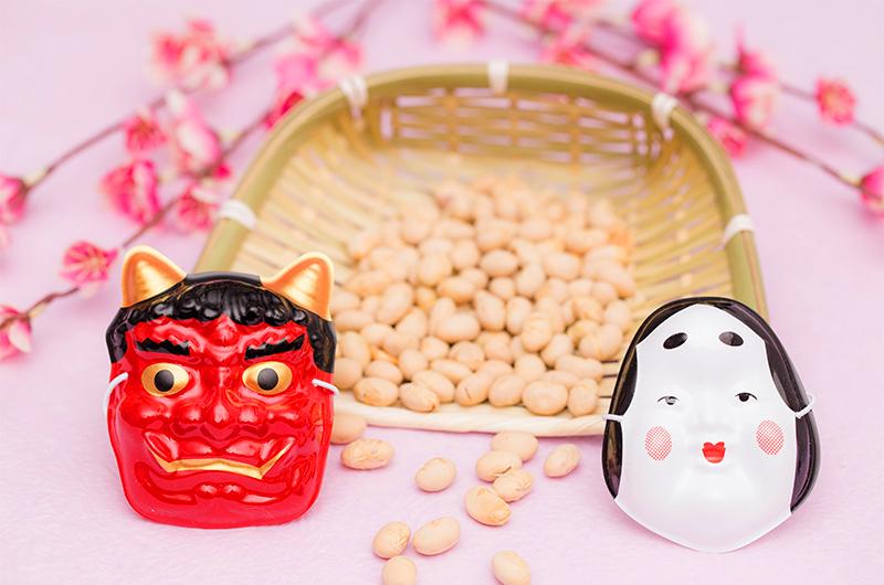梅と大豆と鬼とお多福のお面