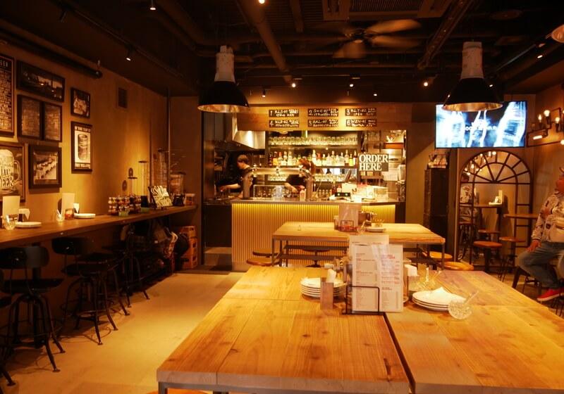新進気鋭の大阪産ビールが飲める「ONE's BREWERY PUB」