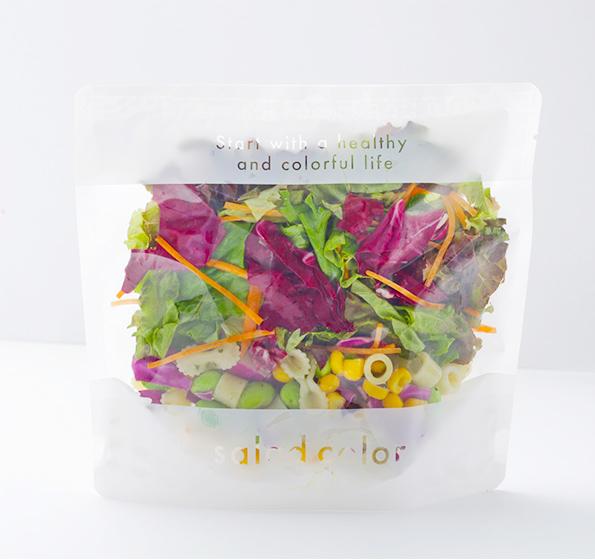 自立型の袋を使った「サラダポーチ」