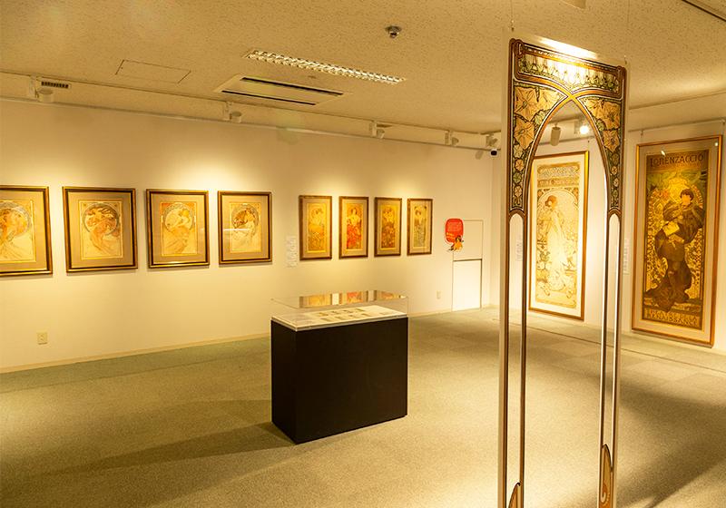 堺ミュシャ芸術博覧会の第2展示室「プティ・パレ」