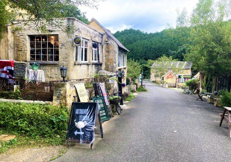 コッツウォルズをイメージした小さなイギリス村