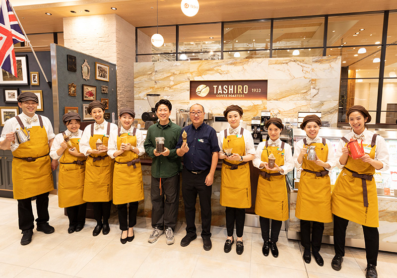 TASHIRO COFFEE ROASTERS阪神百貨店のスタッフ